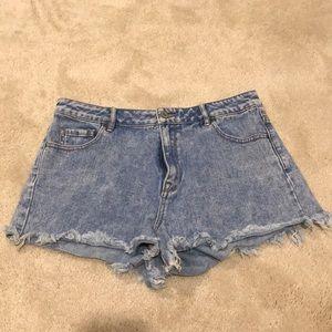 Pacsun shorts... High rise